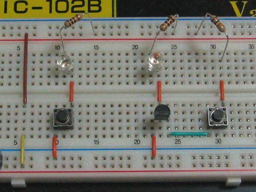 回路図2題のブレッドボード実装例です。