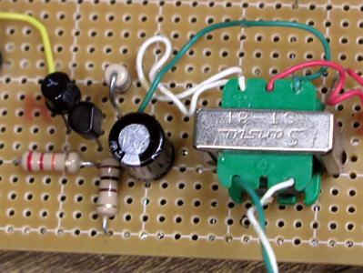 2段直結増幅回路